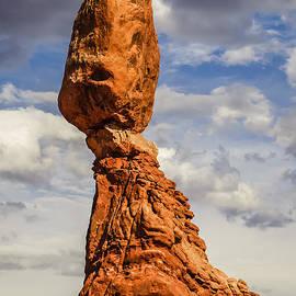 Radek Hofman - Balance Rock