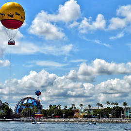 Thomas Woolworth - Balloon Launch Walt Disney World