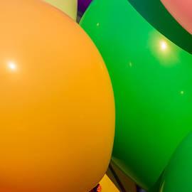 Alexander Senin - Balloons Vertical