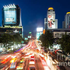 Didier Marti - Bangkok rush hour at night