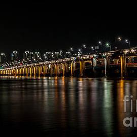 Jennifer Stinson - Banpo Bridge at Night