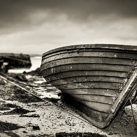 Ray Devlin - Barra Island Harbour