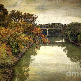 Joan McCool - Barren River Autumn Colors