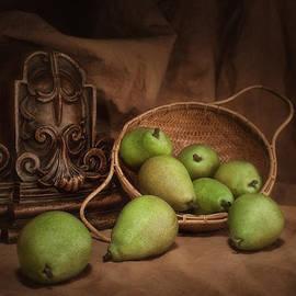 Tom Mc Nemar - Basket of Pears Still Life