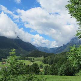 Pema Hou - Bavarian Countryside