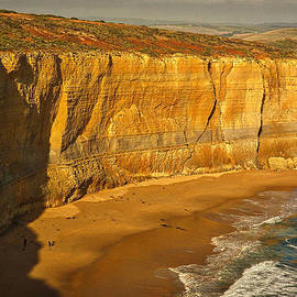 Stuart Litoff - Bay of Islands Cliffs #2