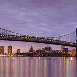 Mihai Andritoiu - Ben Franklin bridge and Philadelphia skyline