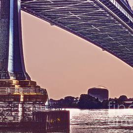 Tom Gari Gallery-Three-Photography - BenFranklin Bridge 2
