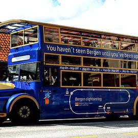 Laurel Talabere - Bergens Blue Bus for Tourists