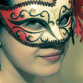 Loriental Photography - Beyond the Mask #01