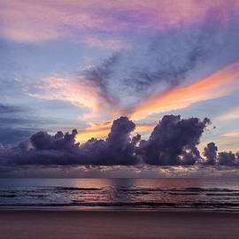 Island Sunrise and Sunsets Pieter Jordaan - Bird cloud sunrise