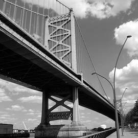 Jennifer Wick - Black - White Benjamin Franklin Bridge