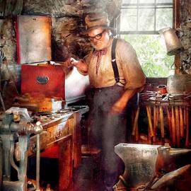 Mike Savad - Blacksmith - The Smithy