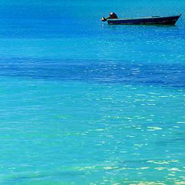 Jess Kraft - Blue Boat Blue Water