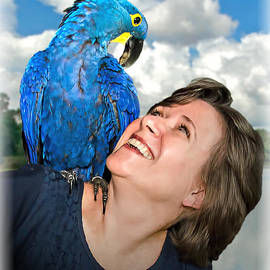 Harold Bonacquist - Blue Hyacinthine Macaw on the Shoulder of a Woman