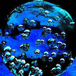Colette V Hera  Guggenheim  - Blue Planet