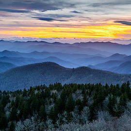 Dave Allen - Blue Ridge Parkway Landscape Photography - Hazy Shades of Winter