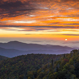 Dave Allen - Blue Ridge Parkway North Carolina Autumn Mountains Sunrise Fall Foliage