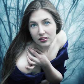 Linda Lees - Blue Velvet