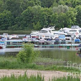 Evgeny Pisarev - Boats