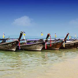 Zoe Ferrie - Boats in Thailand