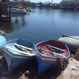 Victor Arriaga - Boats