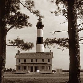 Skip Willits - BODIE ISLAND LIGHTHOUSE