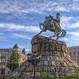Matthew Shalvatis - Bohdan Khmelnytsky Statue