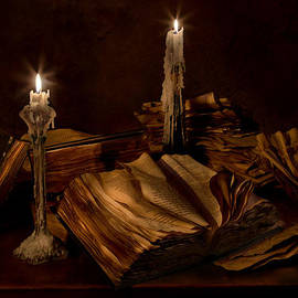 Mary Tomaino - Books and Candles