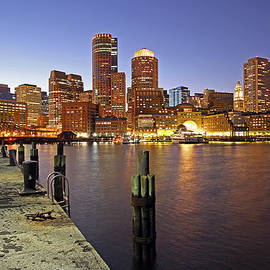 Juergen Roth - Boston Fan Pier and Financial District