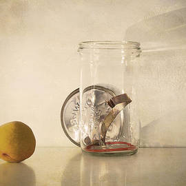 Linda Lees - Bottling time