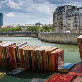 Inge Johnsson - Bouquinistes le long de la Seine