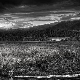 Greg and Chrystal Mimbs - Breaking Sun In Cades Cove in Black and White