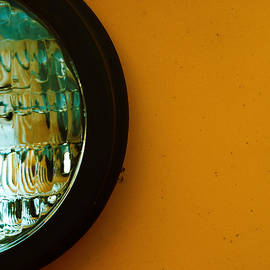 Tom Druin - Bring To Light