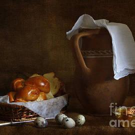 Matild Balogh - Brioche and honey
