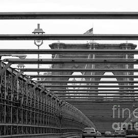 Anahi DeCanio - Brooklyn Bridge in Black and White