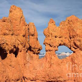 Karen Lee Ensley - Bryce Canyon Peephole