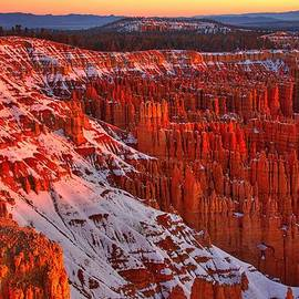 Steve Luther - Bryce Canyon Winter Sunrise