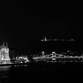 Joan Carroll - Budapest Panorama BW