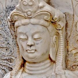 Kim Bemis - Buddha Chinese Style