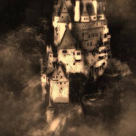Barbara D Richards - Burg Eltz Castle