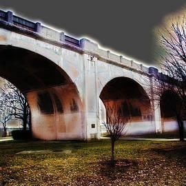 Andrea Kainz - Burning Bridges