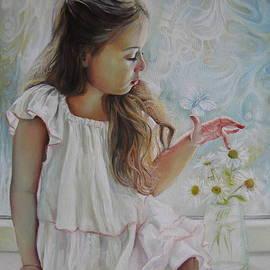 Elena Oleniuc - Butterfly