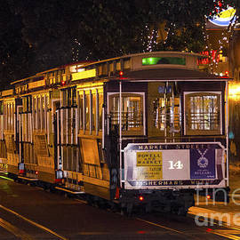 Pravine Chester - Cable Cars of San Francisco