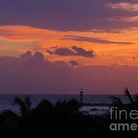 Halifax photographer John Malone - Cancun Lighthouse
