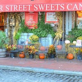 Linda Covino - Candy shop