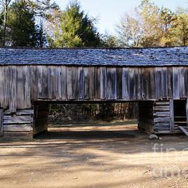 Lynn Sprowl - Cantilever Barn