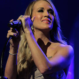 Dwight Cook - Carrie Underwood June 3rd 2014