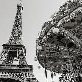 Rhonda Krause - Carrousel de la Tour Eiffel- Black and White