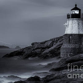 Jerry Fornarotto - Castle Hill Lighthouse bw